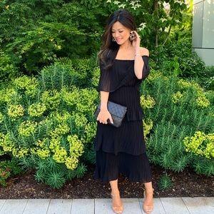 Dresses & Skirts - Tiered Black Dress